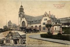 3111-Hauptgebäude-mit-Fürsten